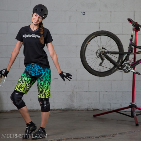 image for Style Check: TLD Women's Skyline Speeda Trail Riding Kit