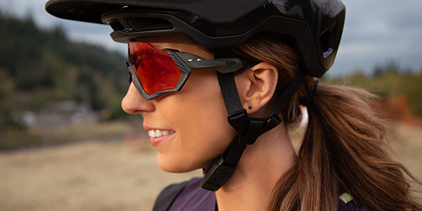 Review: Oakley Flight Jacket Sunglasses feauted image